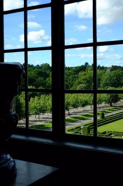 europe-swd-2015-08-17-palace01e
